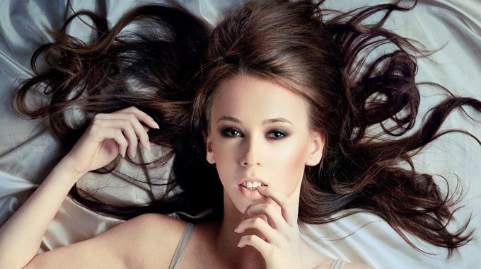To na czym śpisz też ma wpływ na Twoje włosy