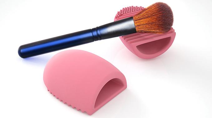 Silikonowe gadżety myjące pędzle do makijażu