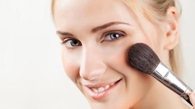 jak czyścić pędzle do makijażu