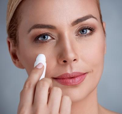 makijaż dojrzalej kobiety