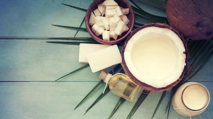 pielęgnacja olejem kokosowym