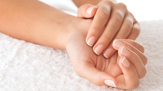 Jak szybko zapuścić paznokcie