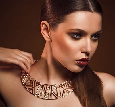 Makijaż w odcieniach brązu