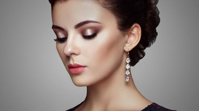 Spotlight makijaż