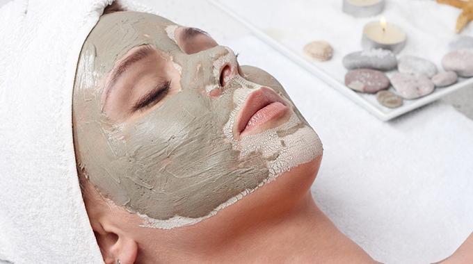 Glinka kosmetyczna na twarz